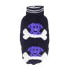 Sweter dla psa lub kota czarny z fioletowym psem jedzącym białą kość