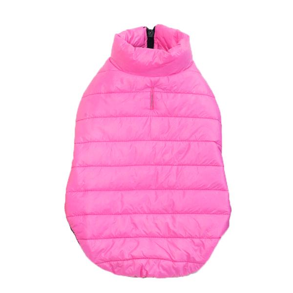 Ocieplana puchem kurtka dla psa, posiada rozcięcie na smycz, kolor różowy