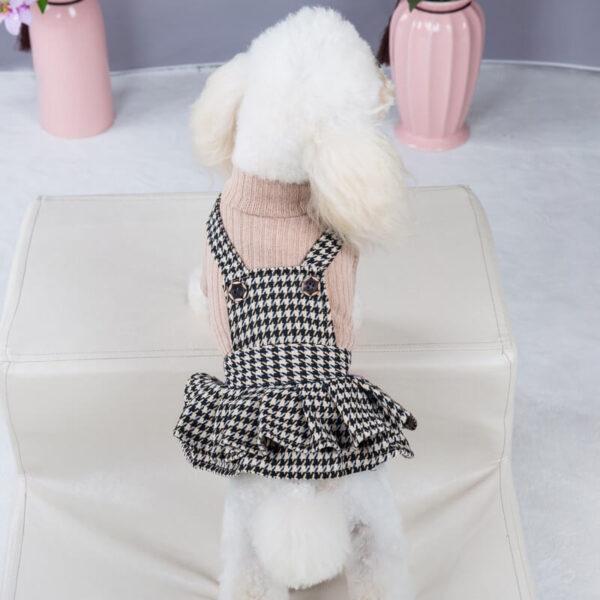 Sukienka-dla-psa-Pippi-na-pudelku-tyłem